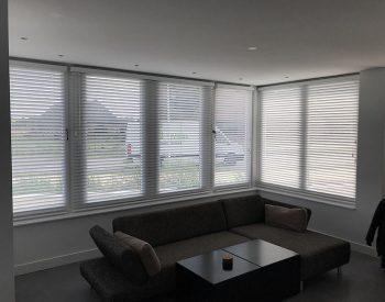 raamdecoratie strijbosch - houten jaloezieën wit kopie 18