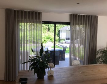 raamdecoratie strijbosch - inbetween waveplooi2