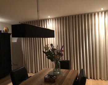 raamdecoratie strijbosch - inbetween waveplooi3